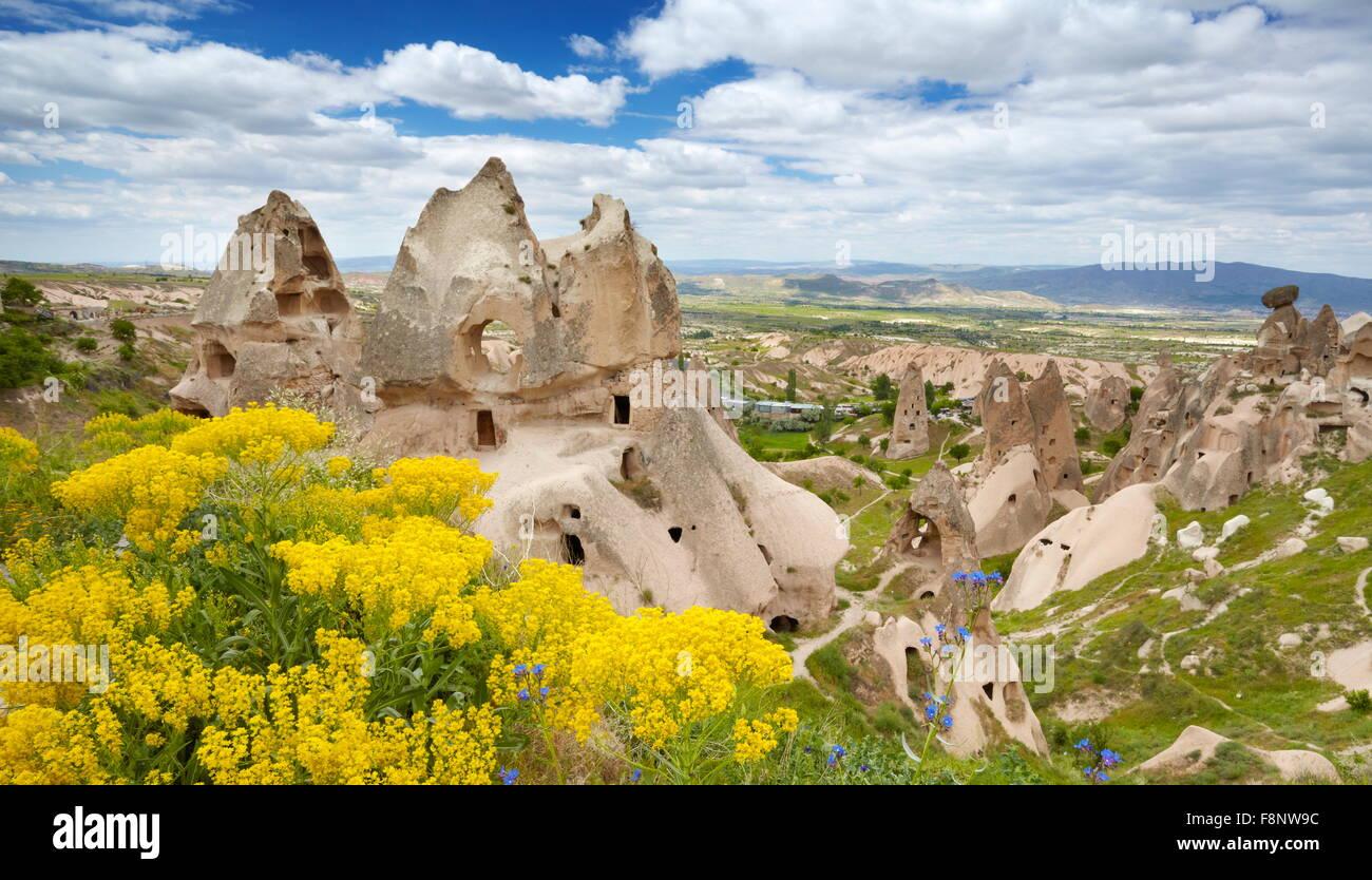 Cappadocia - casa di pietra, Uchisar, Turchia, UNESCO Immagini Stock