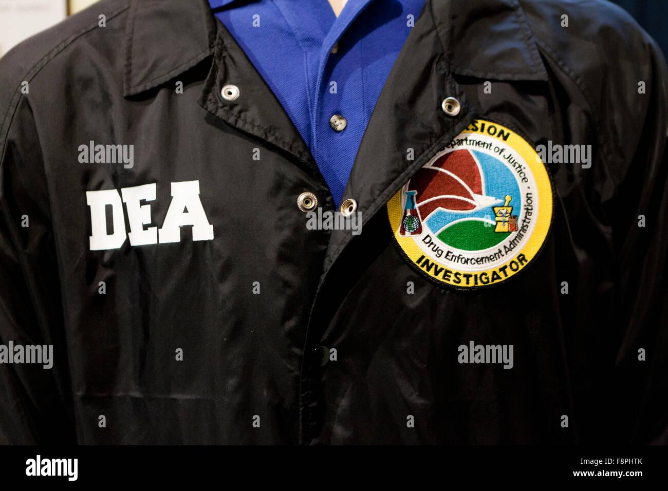 La Drug Enforcement Agency (DEA) identificazione giacca - USA Immagini Stock