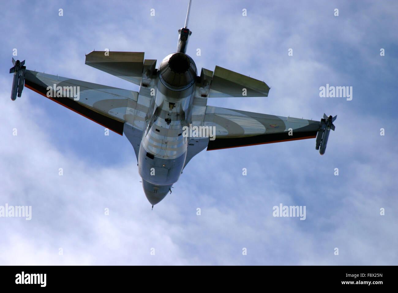 General Dynamics F-16 Fighting Falcon a UK air show. Immagini Stock