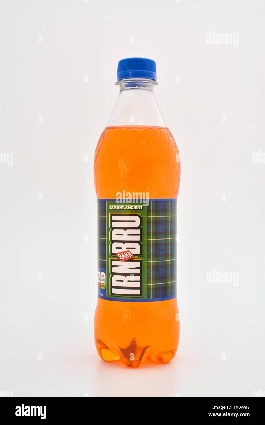 Bottiglia di Irn-Bru con tartan etichetta clan Immagini Stock