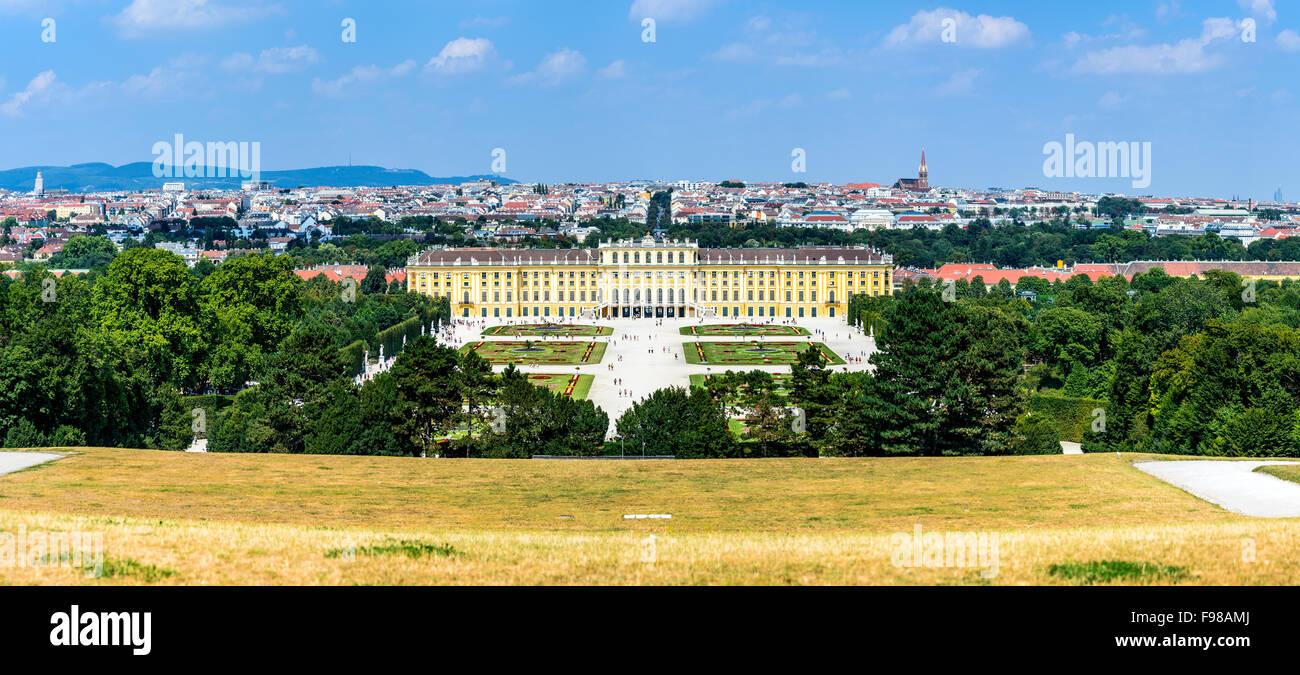 Austria. Palazzo di Schonbrunn a Vienna. Si tratta di un ex imperial 1,441-camera Rococo residenza estiva nella Immagini Stock