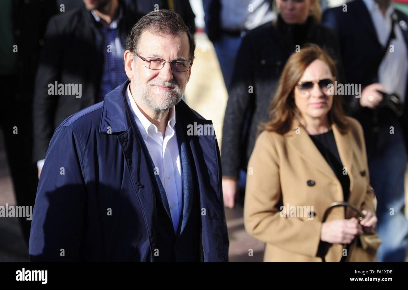 Madrid, Spagna. Xx Dec, 2015. Il Primo ministro spagnolo e leader del Partito popolare Mariano Rajoy arriva in corrispondenza Immagini Stock