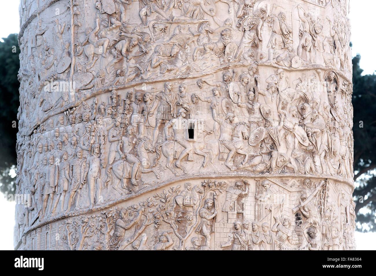 Roma, 23 dicembre 2015. Colonna Traiana. Photo Samantha Zucchi Insidefoto Immagini Stock