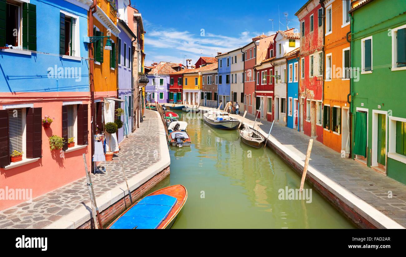 Villaggio Burano vicino a Venezia, (Laguna di Burano Island), Italia Immagini Stock