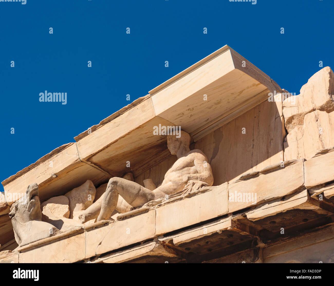 Atene, Attica, Grecia. Frontone orientale del Partenone che mostra di sculture superstite. Immagini Stock