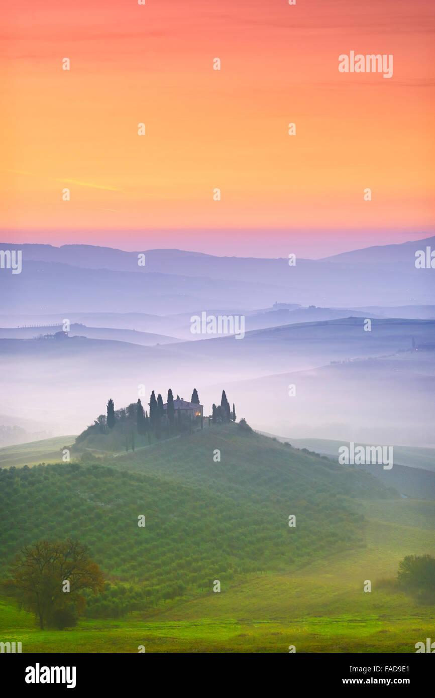 Val d'Orcia all'alba, Toscana, Italia Immagini Stock