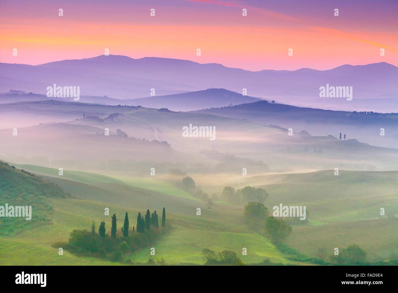 San Quirico d'Orcia, paesaggio toscano, Italia Immagini Stock