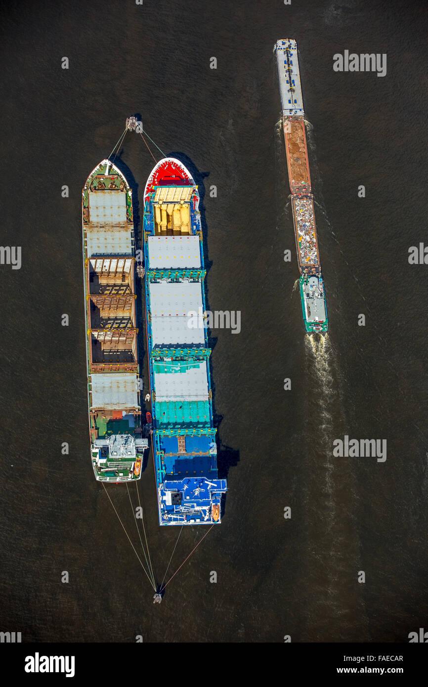 Vista aerea, navi portarinfuse sono in porto all'ancoraggio di Amburgo, dal porto di Amburgo, Elba, Amburgo, Immagini Stock