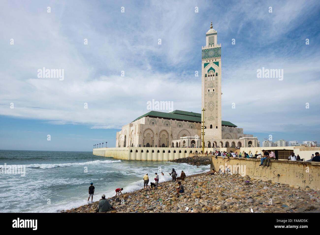 Moschea di Hassan II e la spiaggia, Casablanca, Marocco Immagini Stock