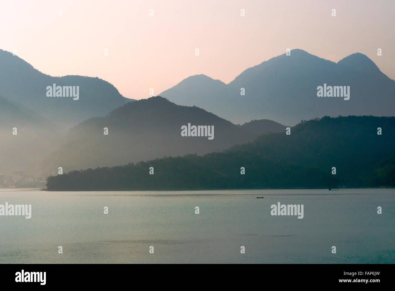 Paesaggio di Sole Luna Lago, Taiwan Immagini Stock