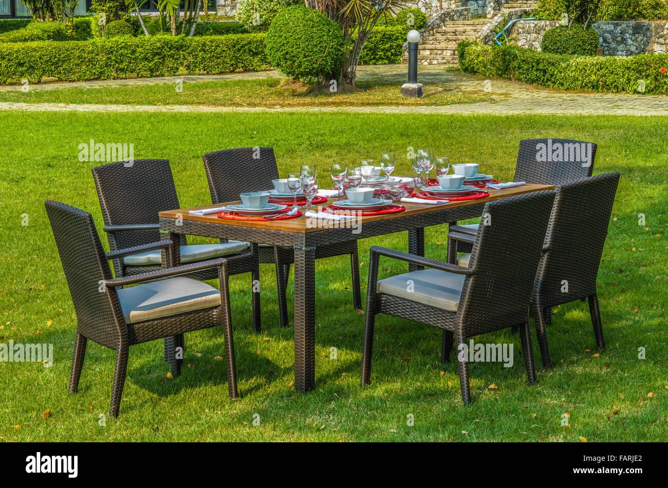 Tavolino Rattan Da Giardino.Il Rattan Tavolo E Sedie Da Giardino Con Acqua Resistente