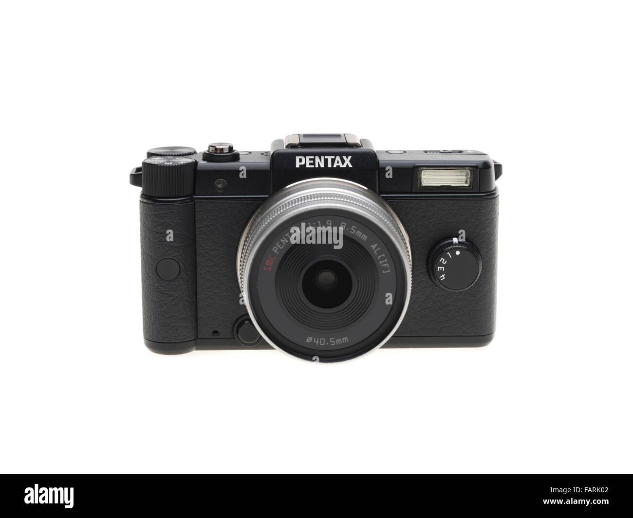 Pentax Q un minuscolo mirrorless la fotocamera digitale a obiettivo intercambiabile introdotto nel 2011 Immagini Stock