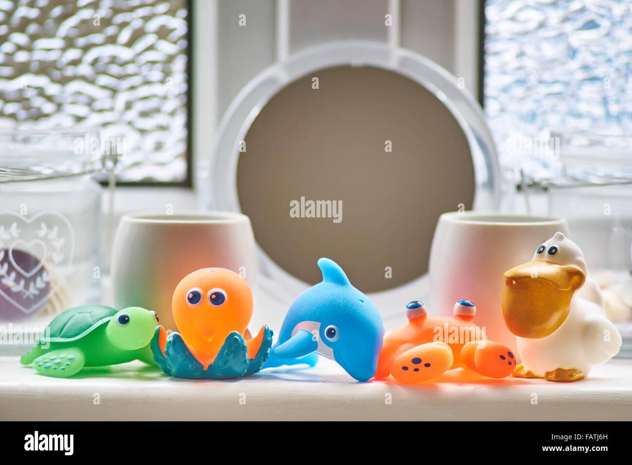 Bagno Mutlicolored giocattoli Immagini Stock