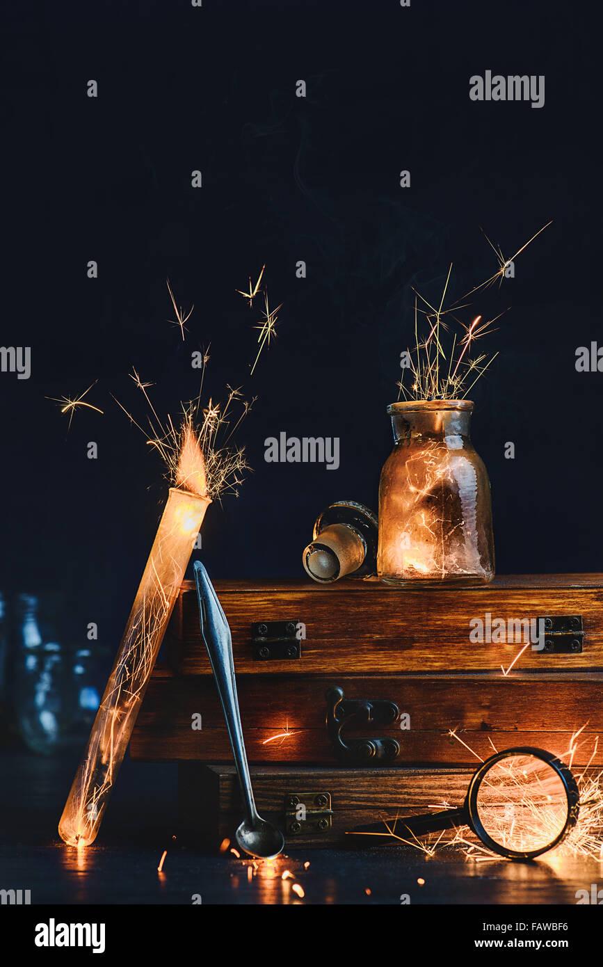 Uno studio con un fuoco aperto Immagini Stock