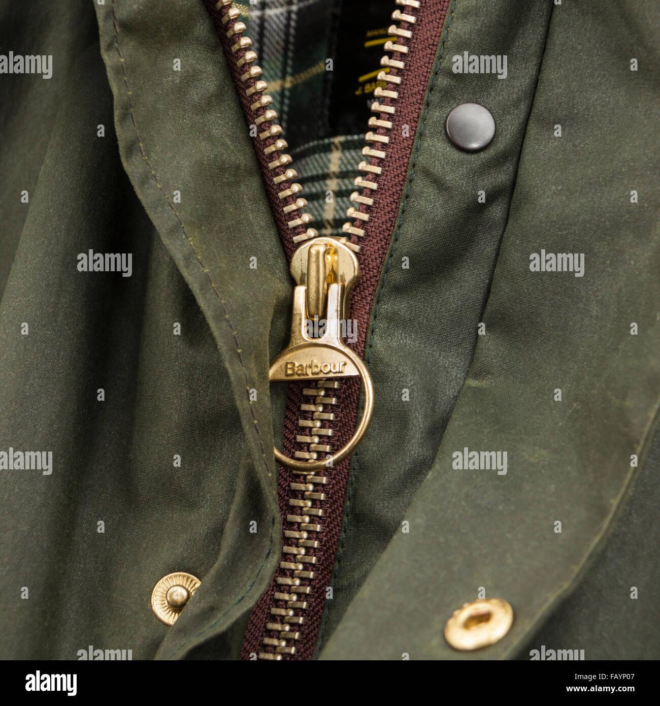 Barbour A200 Confine cerata giacca. La mitica giacca di frontiera è stato  progettato nei primi 8dced07eeb12