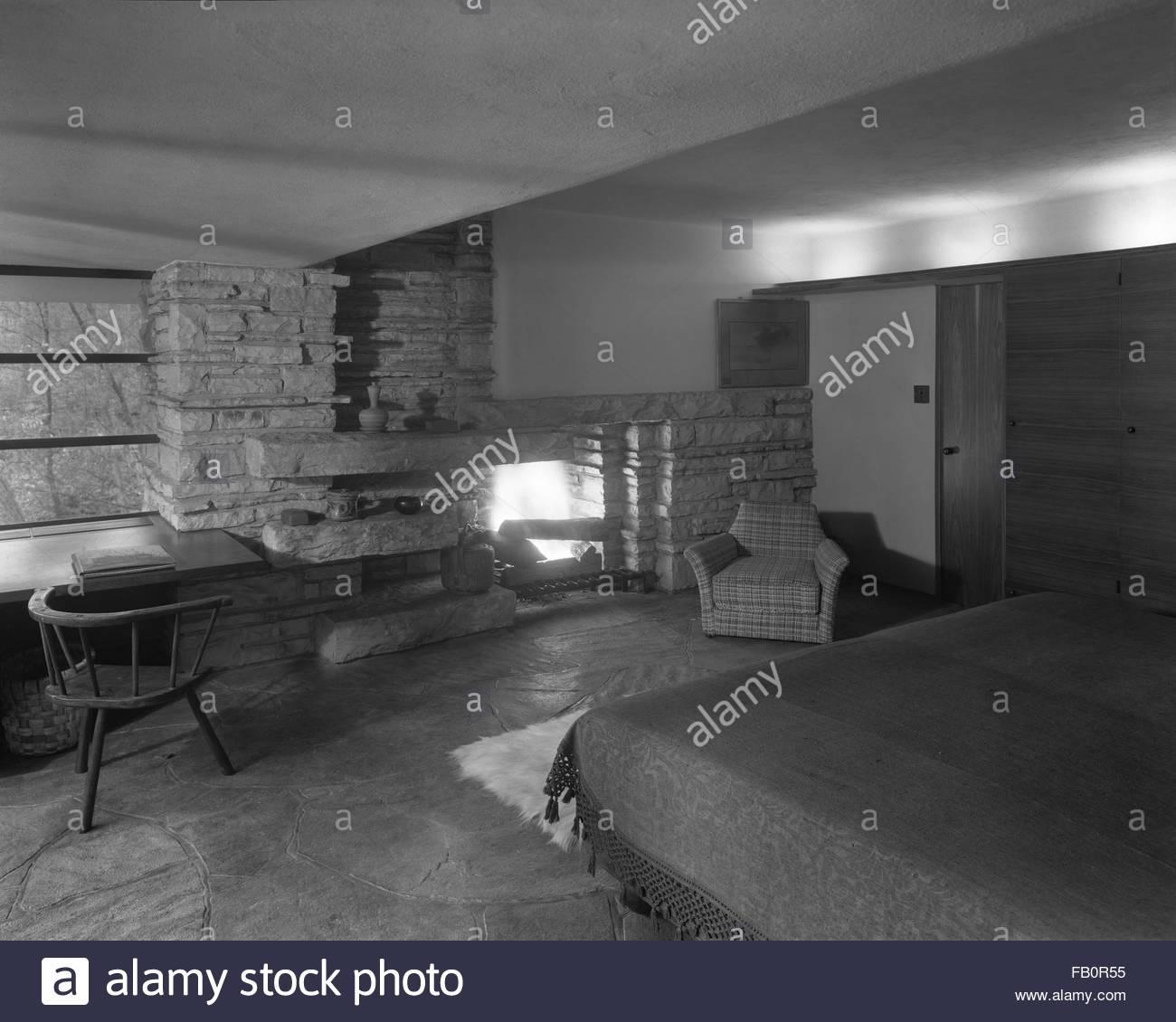 Edgar kaufmann residence presso bear eseguire noto come - Camera da letto con camino ...