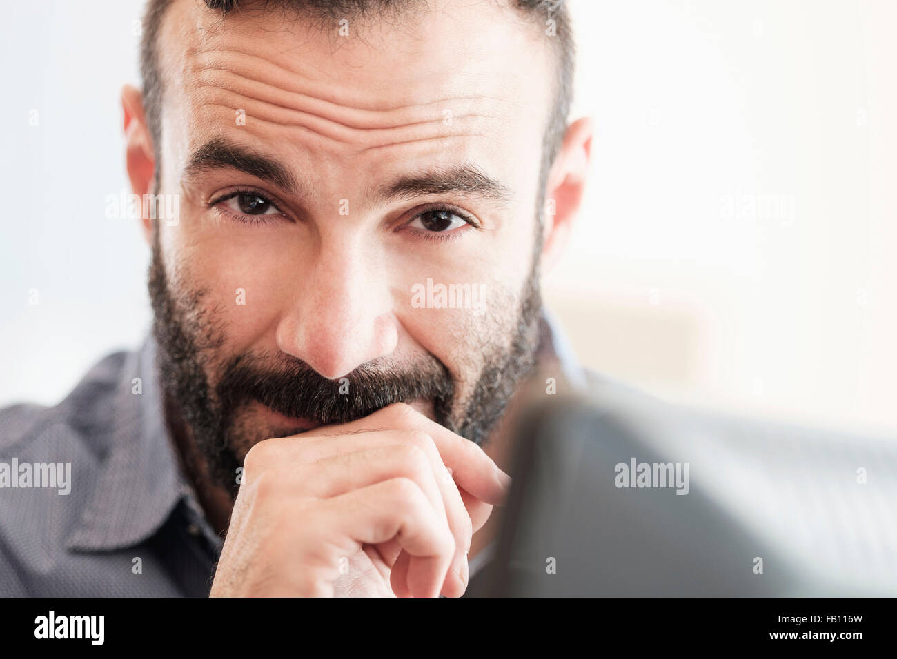 Ritratto di metà di uomo adulto Immagini Stock
