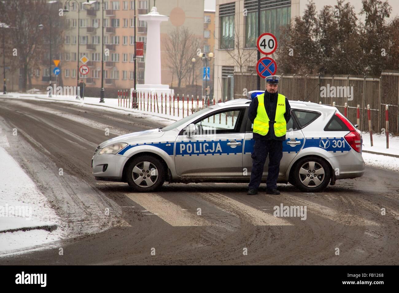 Il blocco da parte degli agenti di polizia Immagini Stock