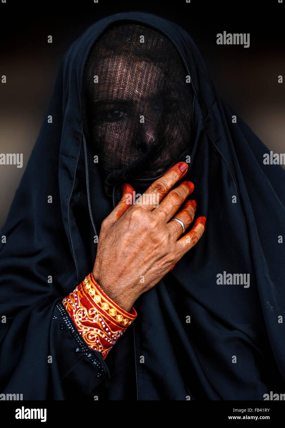Omani donna in costume tradizionale, Oman Immagini Stock