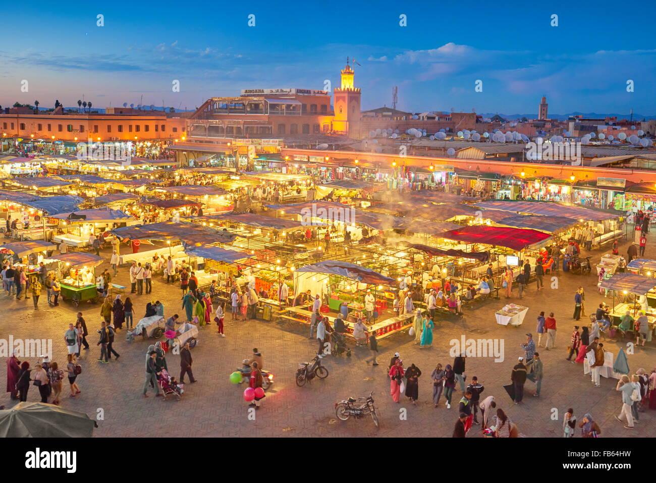 Medina di Marrakech, Piazza Jemaa el Fna nella notte, Marocco, Africa Immagini Stock