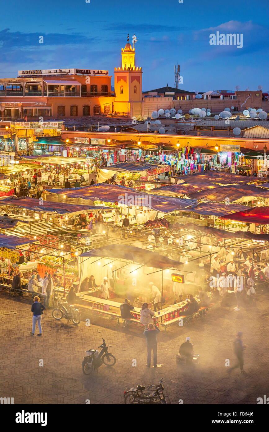 Medina di Marrakech - Piazza Jemaa el Fna nella notte, Marocco, Africa Immagini Stock