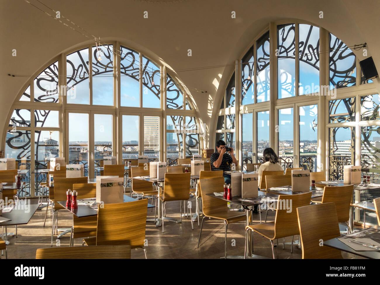 Il ristorante dell'Bruxelles Museo degli Strumenti Musicali Antichi MIM è famosa per fantastiche vedute Immagini Stock