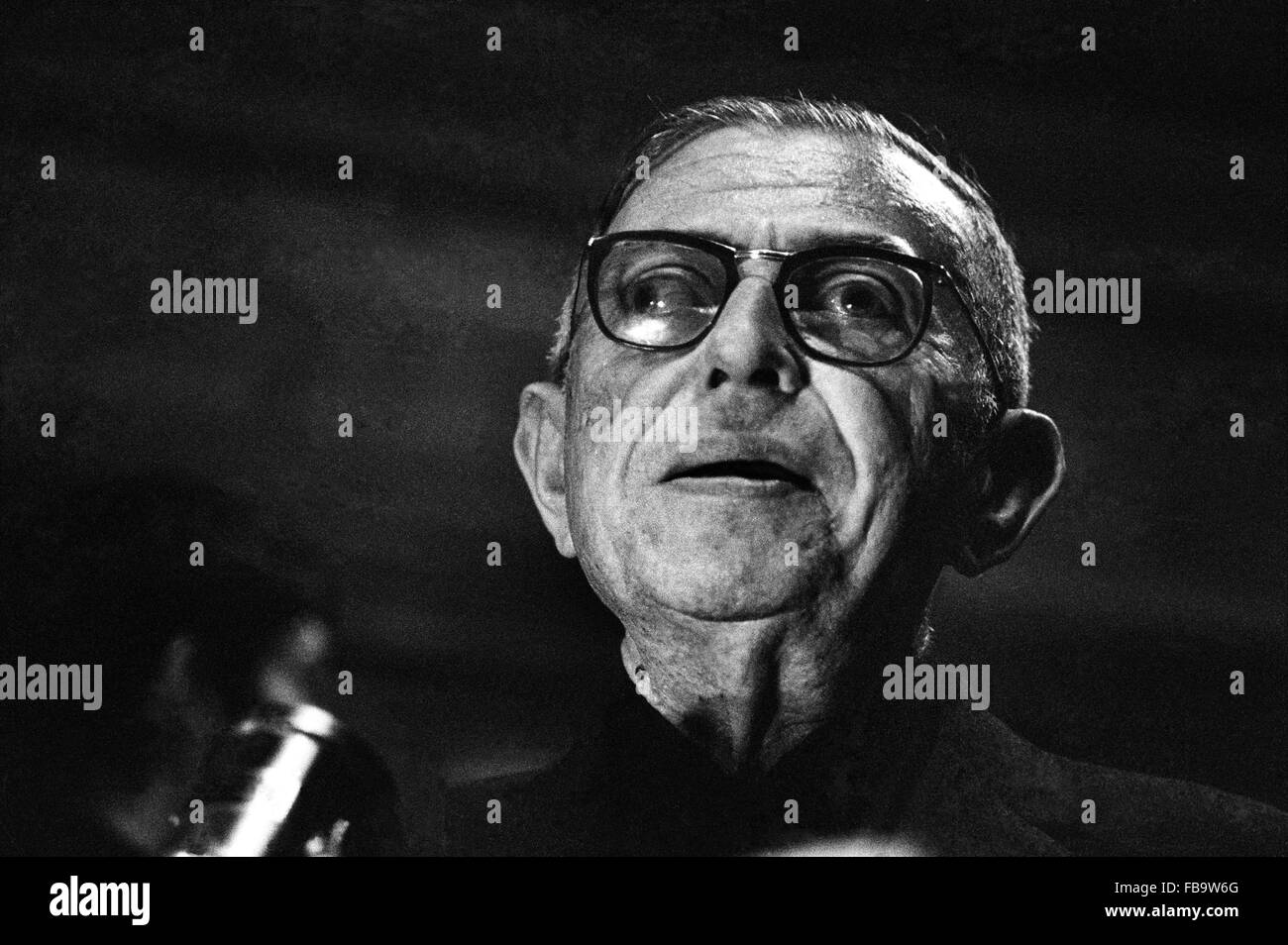 Jean-Paul Sartre a 'la Sorbonne' - 1968 - Francia / Ile-de-France (Regione) / Parigi - Jean-Paul Sartre Immagini Stock
