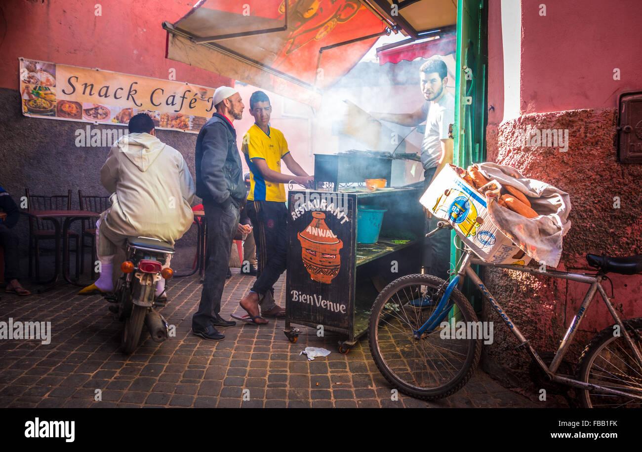Fumoso barbecue marocchino Foto Stock