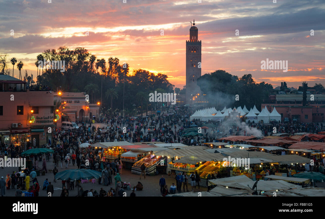 Djemaa El Fna tramonto, Marrakech marocco Immagini Stock