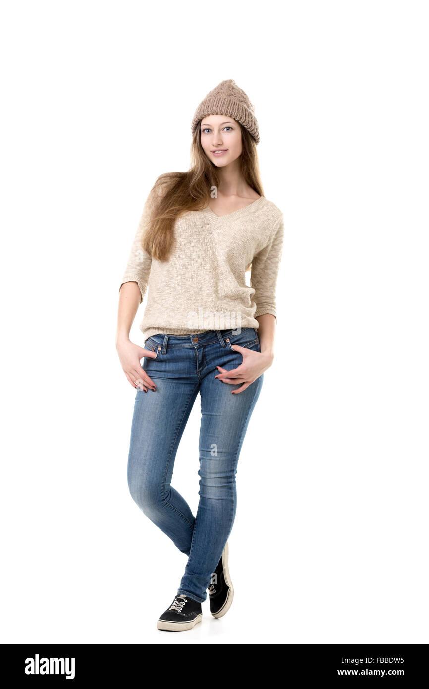 best website beda7 716d0 Bella ragazza adolescente con fiduciosa sguardo freddo ...