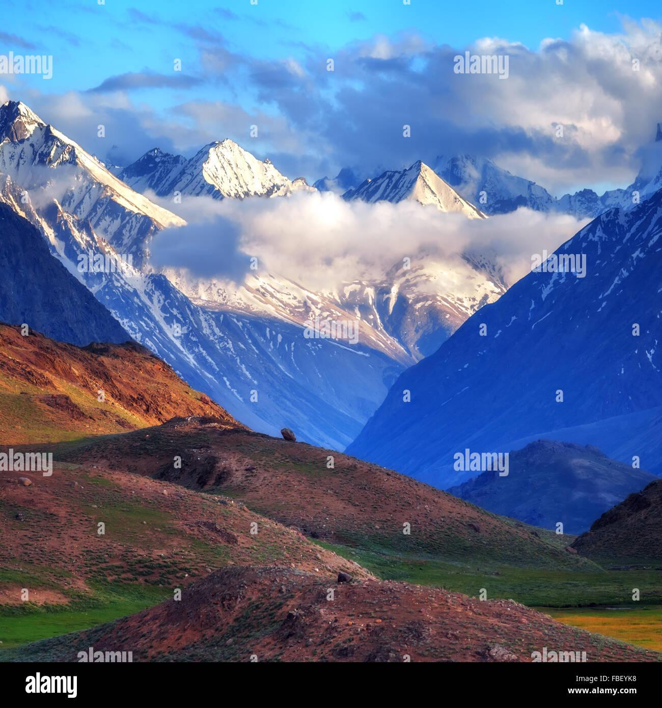Bellezza Rosa tramonto sull'himalaya mountain Immagini Stock