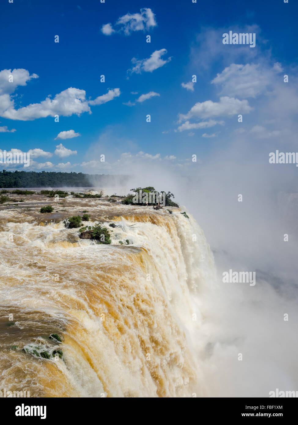 Cascate Iguacu, sul confine di Argentina e Brasile. Immagini Stock