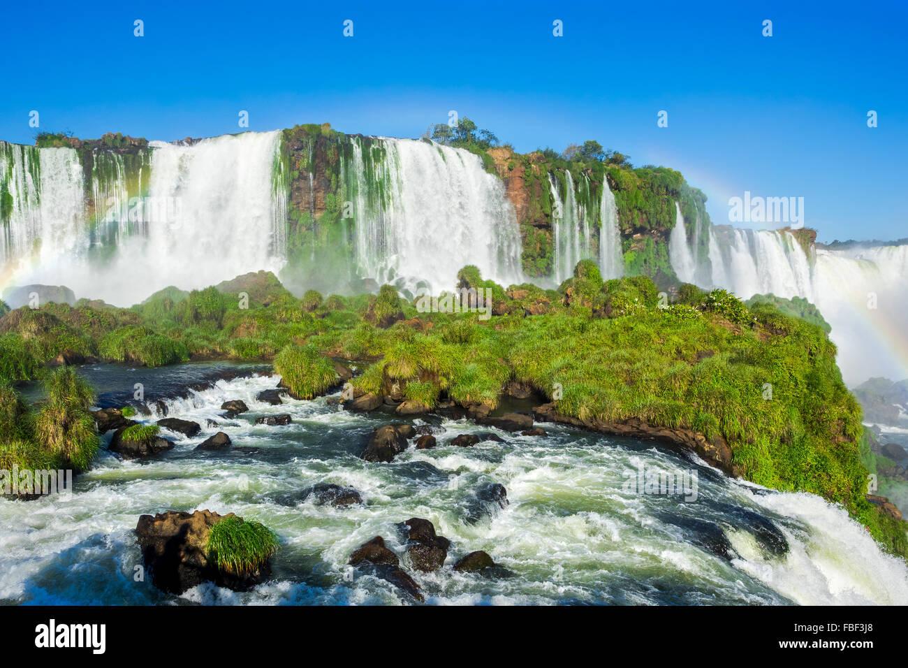 Cascate di Iguazu, al confine di Argentina, Brasile e Paraguay. Immagini Stock