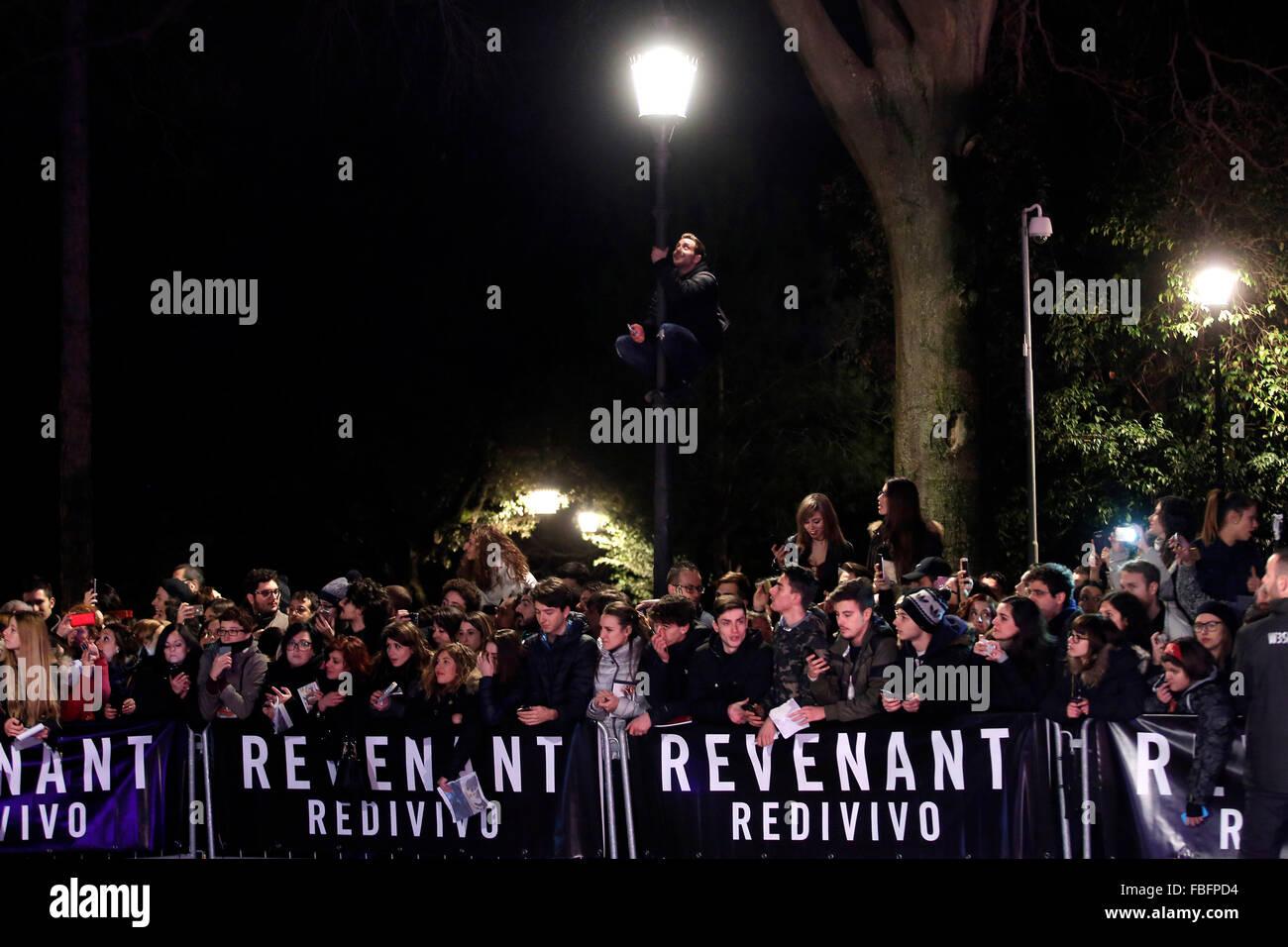 Roma, Italia. 15 gennaio, 2016. Ventole, Casa del Cinema. Il redivivo Anteprima. Revenant Red Carpet Premiere. Credito: Immagini Stock
