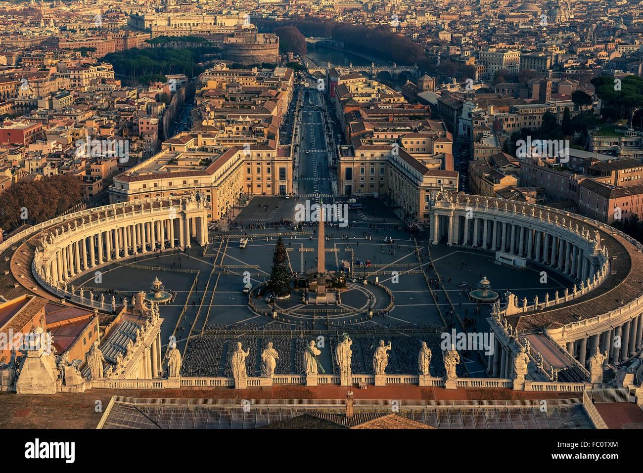 Vista aerea della Città del Vaticano e a Roma, Italia Immagini Stock