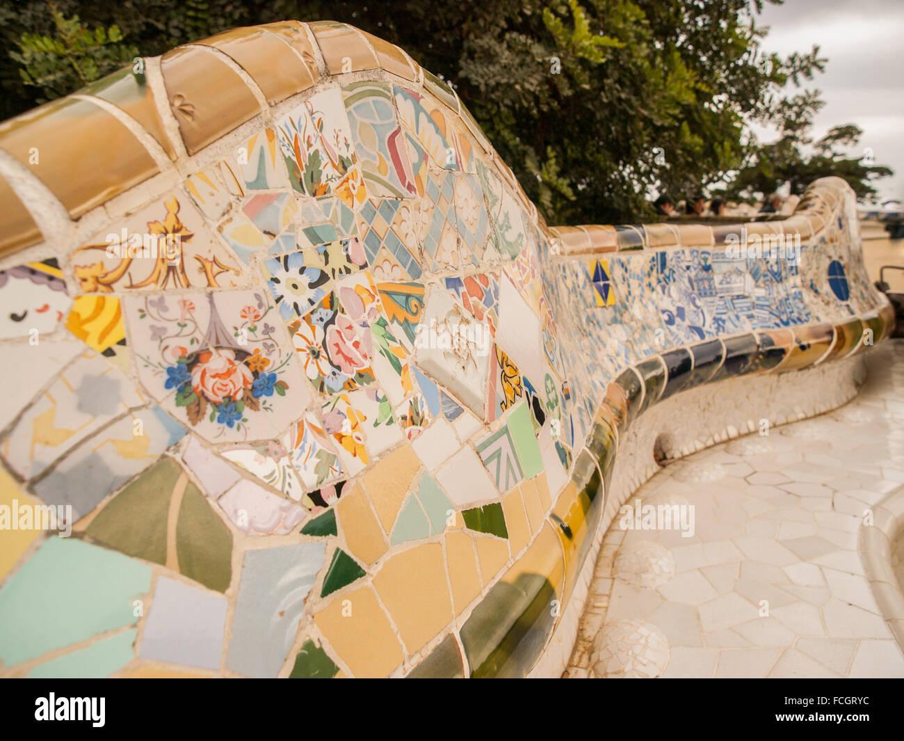 Dettaglio Del Mosaico Ceramico Panchina Nel Parco Guell Progettato
