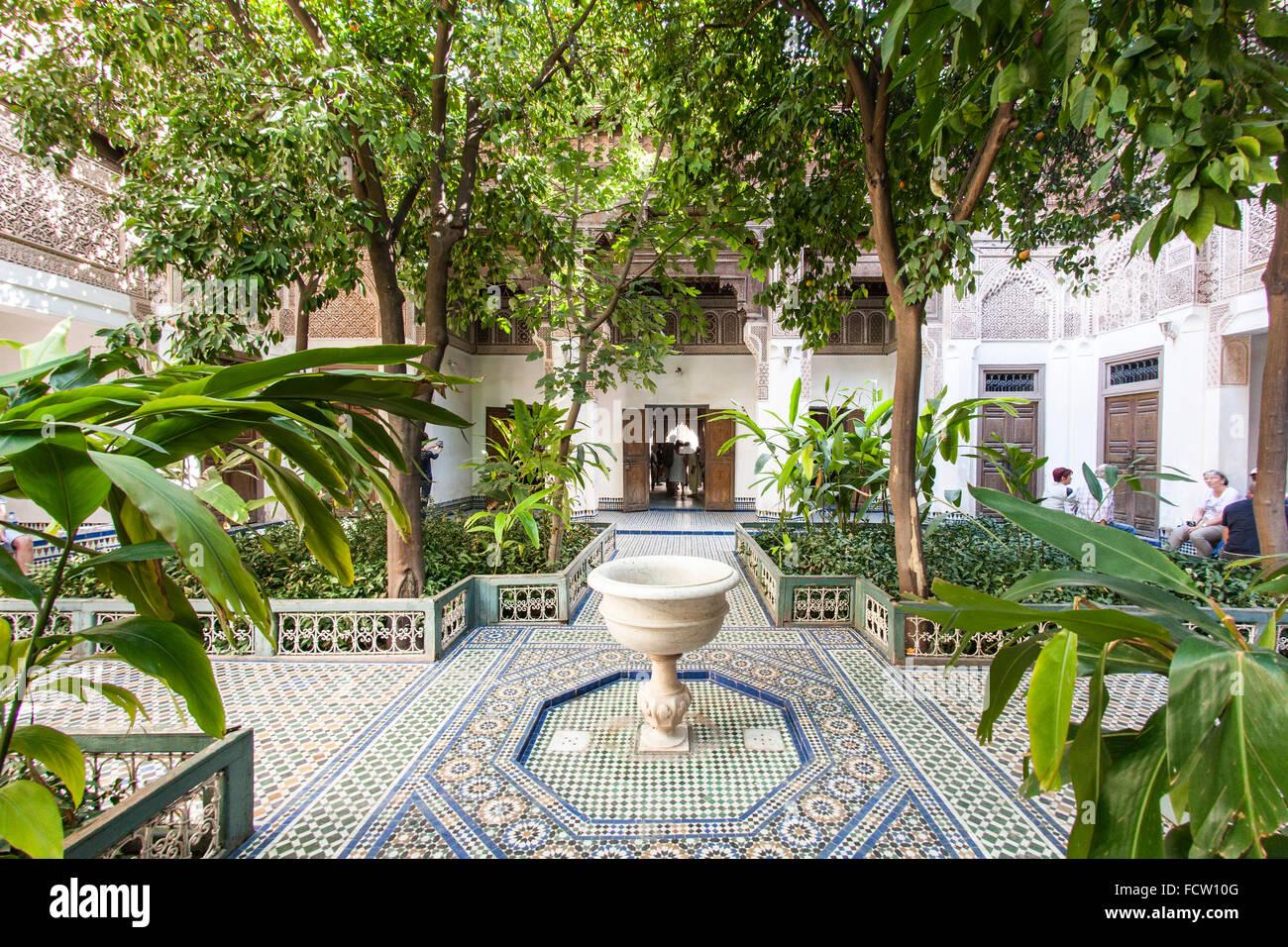 Cortile del Palazzo di Bahia in Marrakech, Marocco. Foto Stock