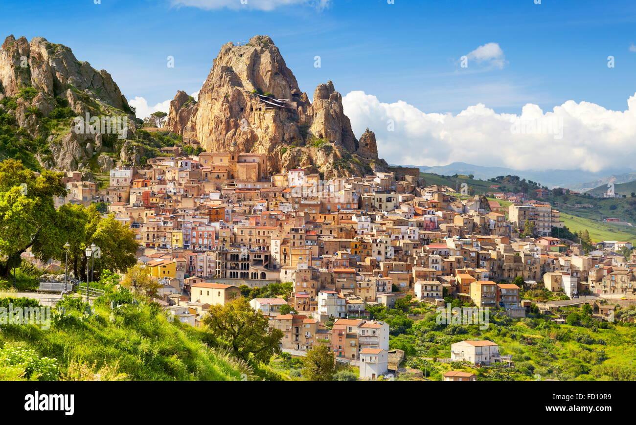 Gagliano Castelferrato paesaggio, provincia di Enna, Sicilia, Italia Immagini Stock