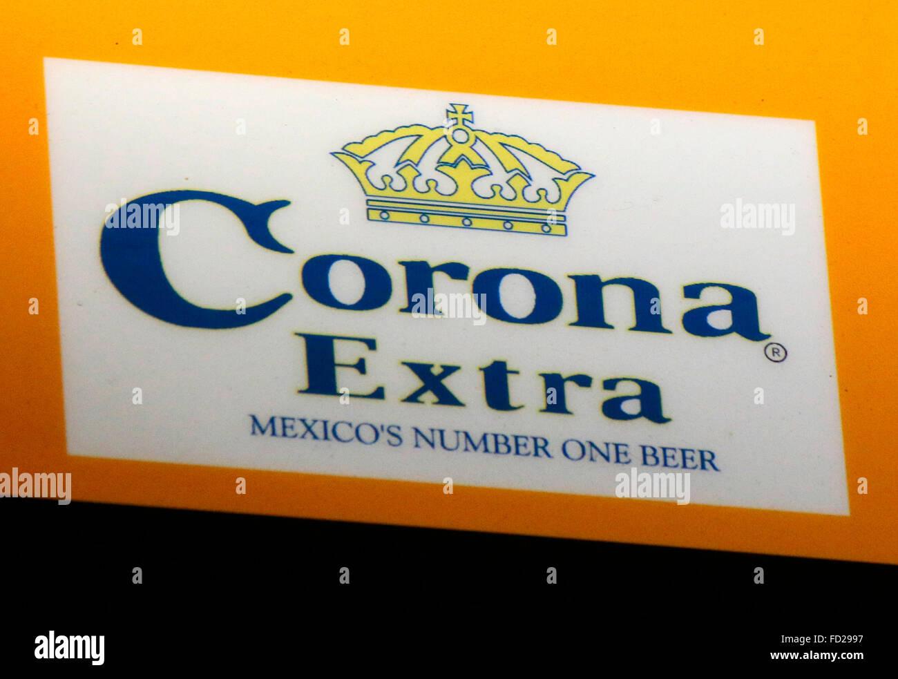 Markennamen: 'Corona Extra', Berlino. Immagini Stock