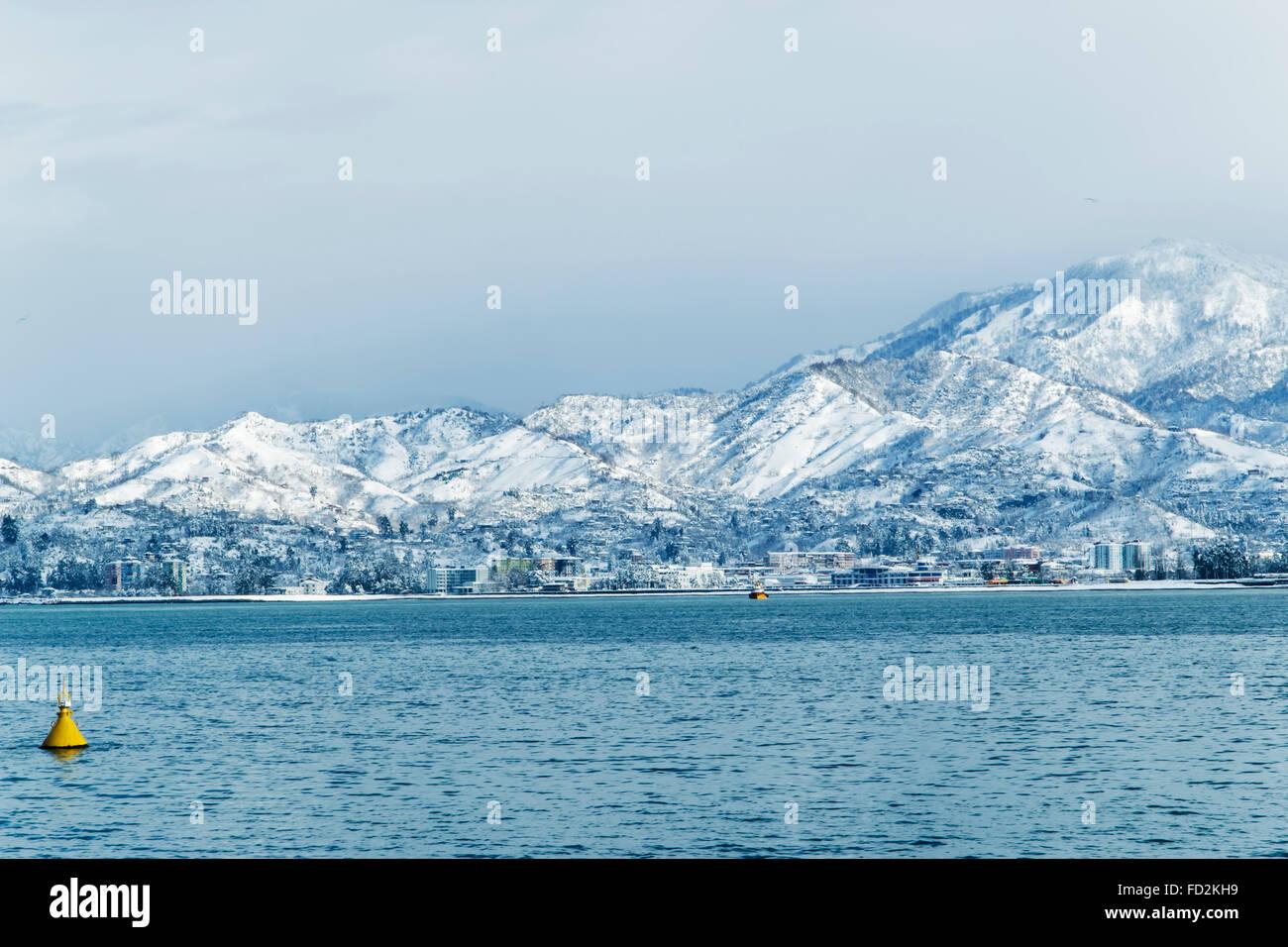 Paesaggio Mare Nero Su Sfondo Neve Montagne Della Georgia Batumi