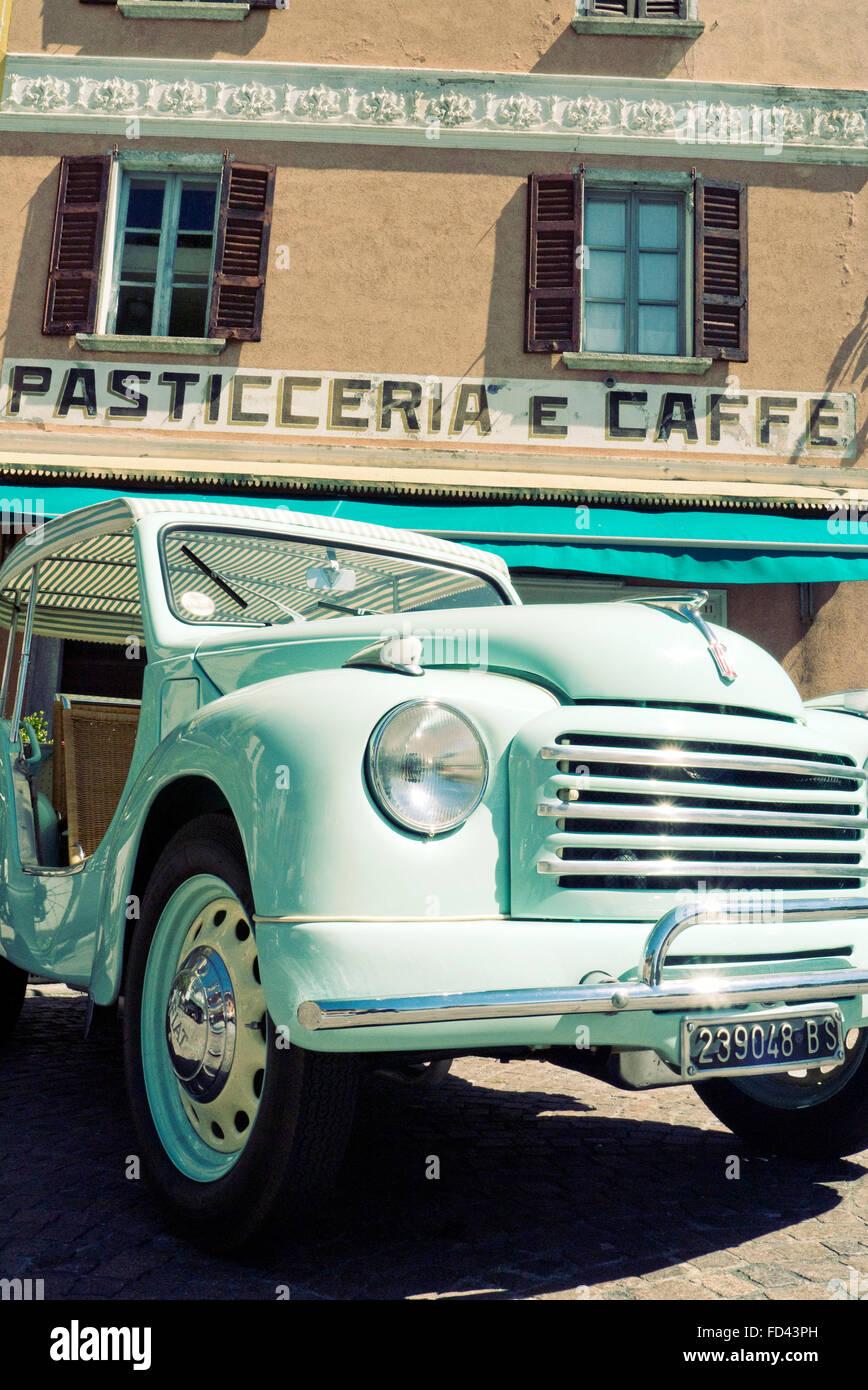 Fiat Topolino Jolly beach automobile 1954 Immagini Stock
