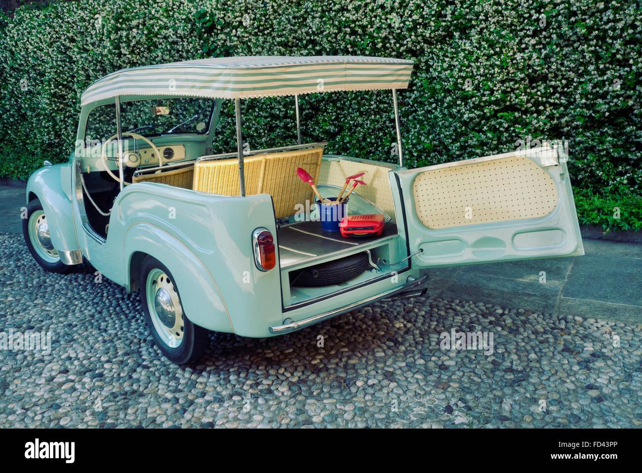 1954 Fiat Topolino Jolly beach auto Immagini Stock