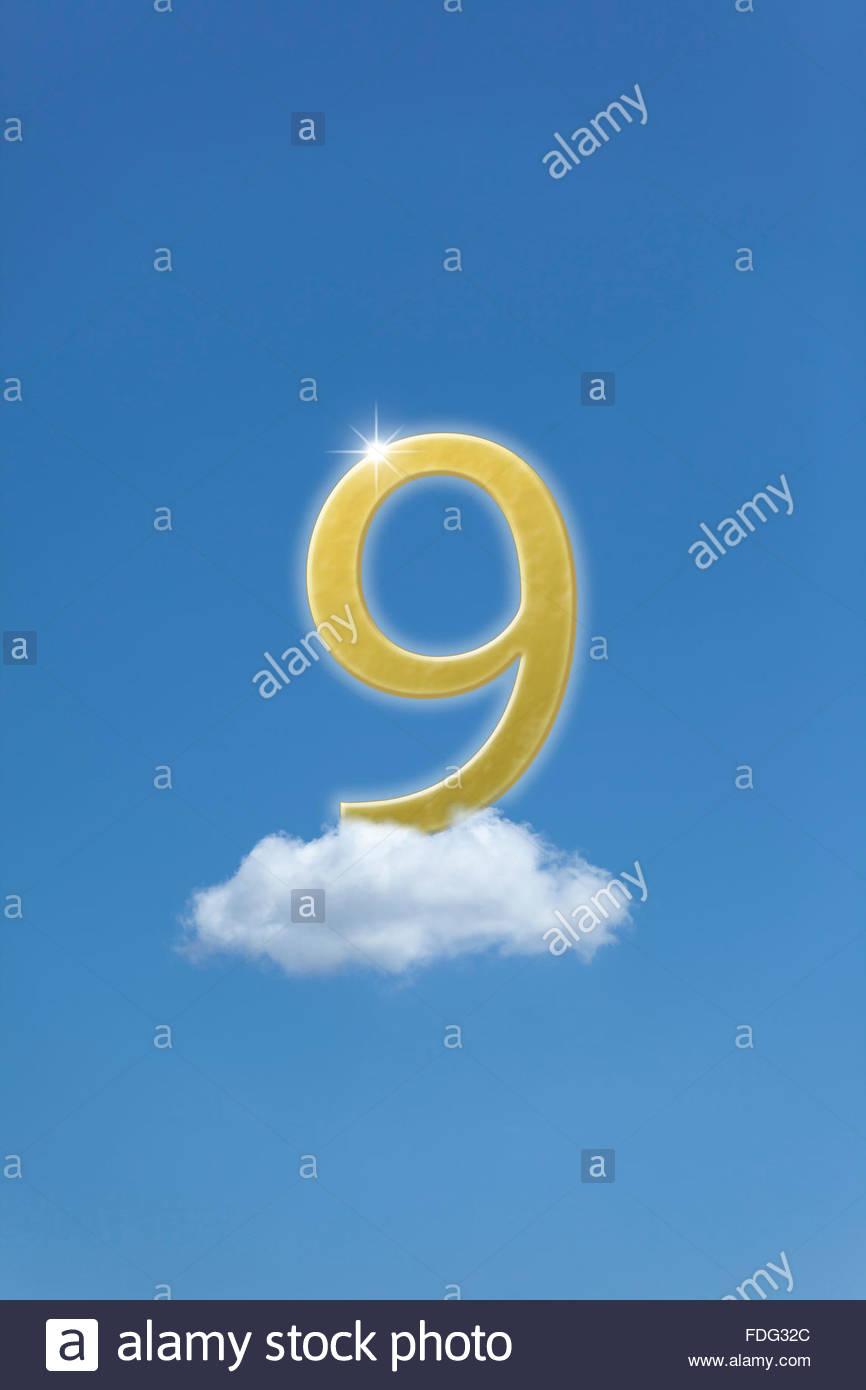 Illustrazione della foto concetto di cloud 9. bliss euforia euforia felicità gioia delizia dei calci giubilo nove Foto Stock