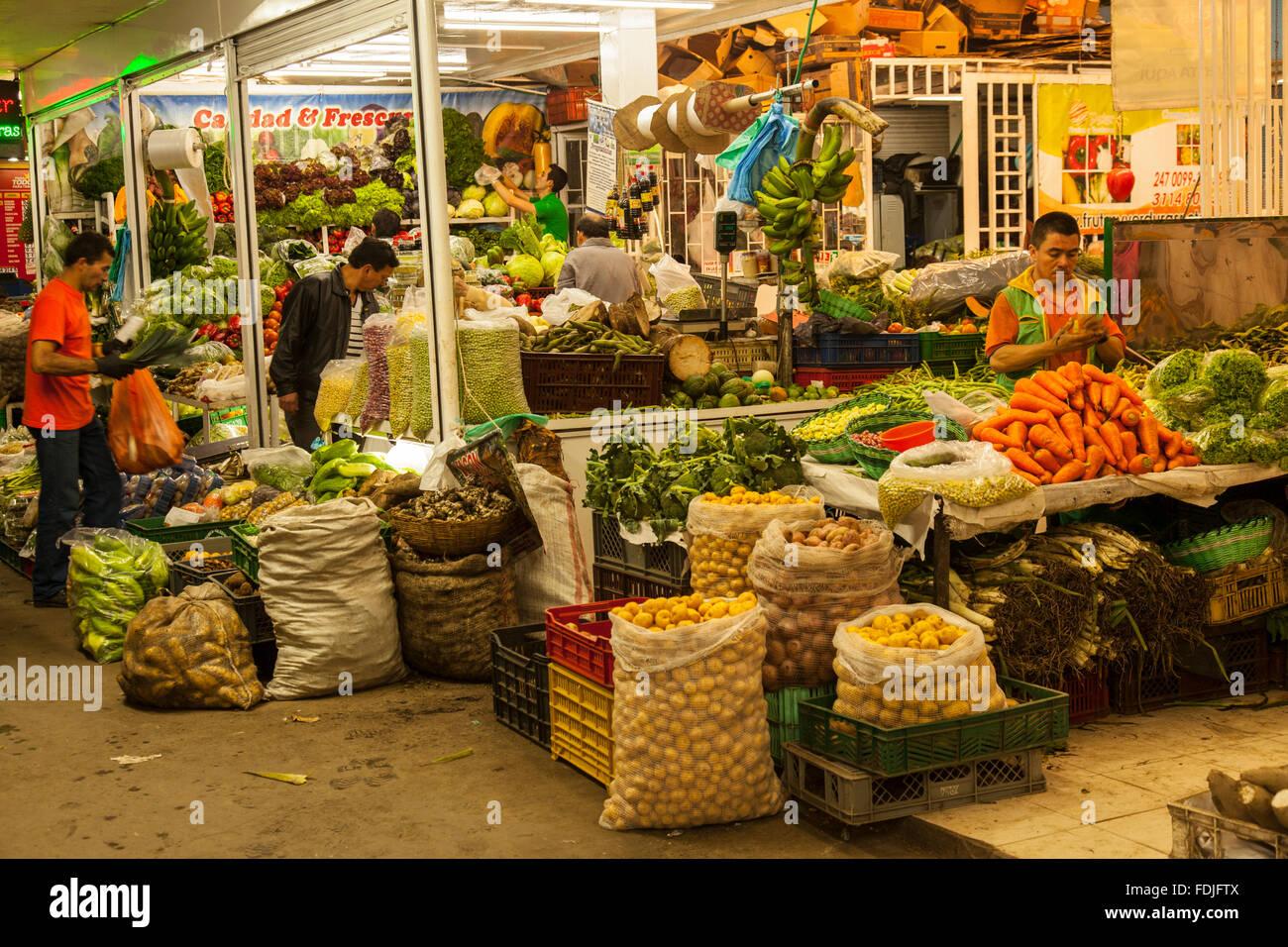 Bogotà Paloquemao mercato di frutta e verdura Immagini Stock
