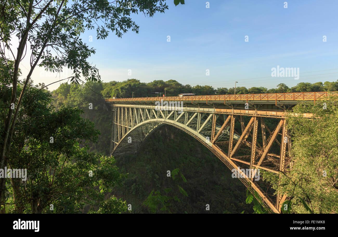 Victoria Falls Bridge, Zimbabwe e Zambia, Africa Immagini Stock