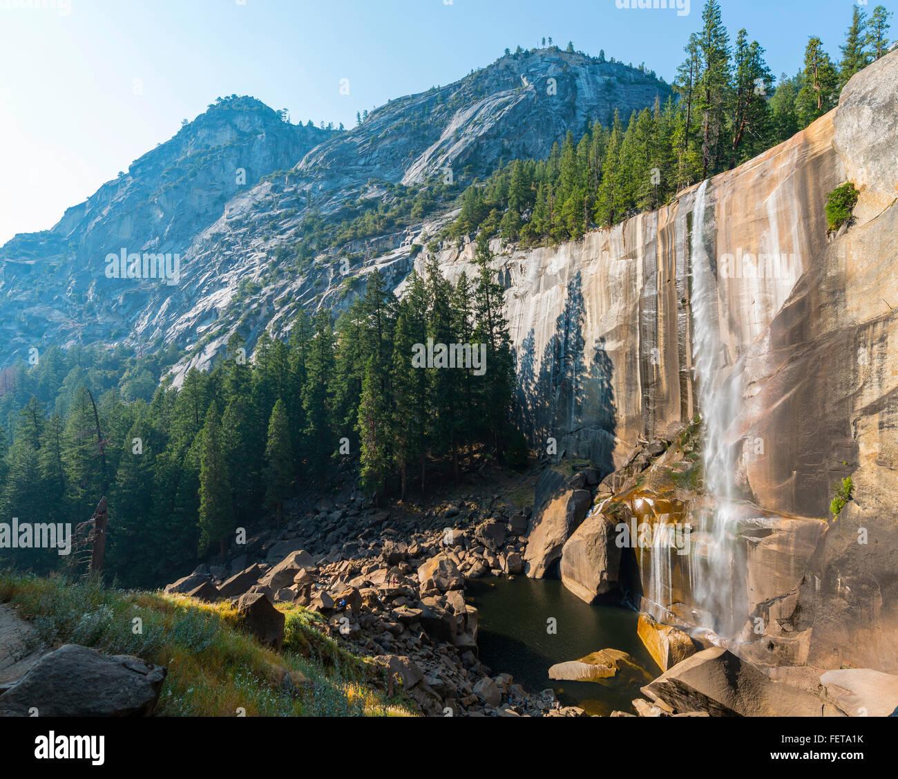 Caduta primaverile, Yosemite Valley, del Parco Nazionale Yosemite, UNESO Sito Patrimonio Mondiale, CALIFORNIA, STATI Immagini Stock