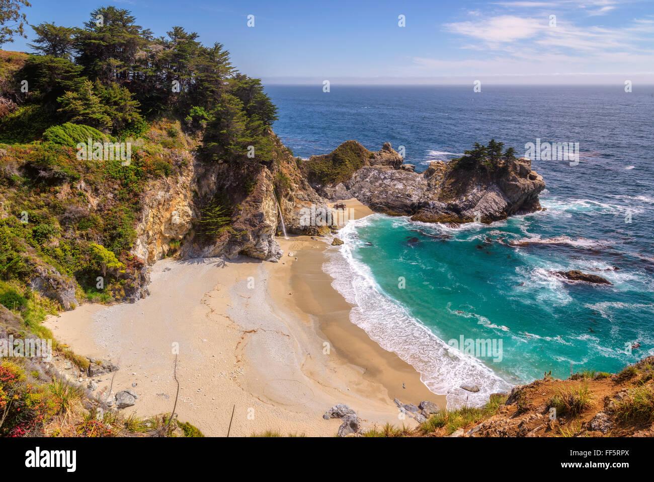 Bellissima spiaggia sulla costa del Pacifico in California Immagini Stock