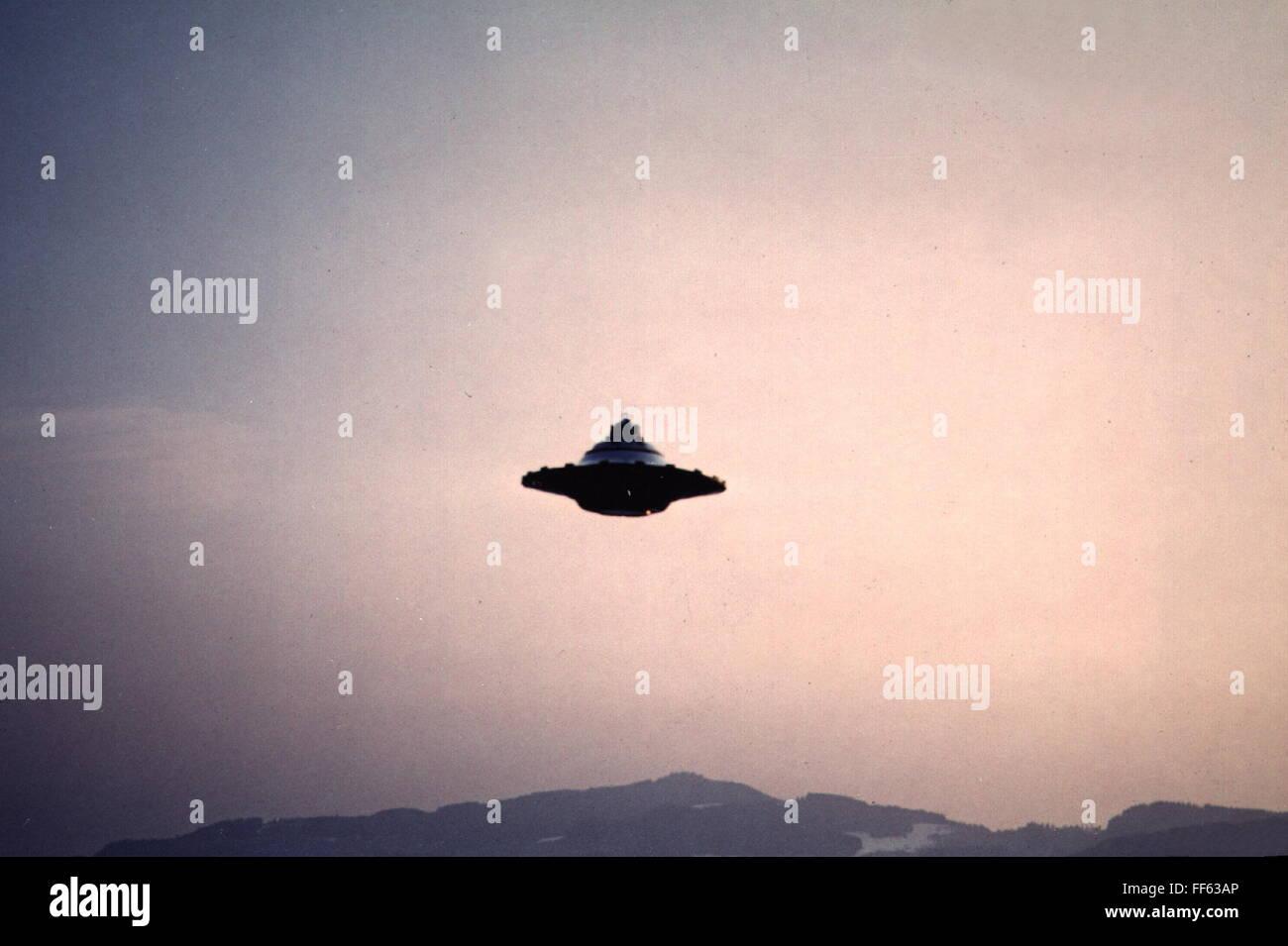 Astronautica, oggetto volante non identificato (UFO), flying ufo, Hasenböl-Langenberg, Svizzera, 29.3.1976, Immagini Stock