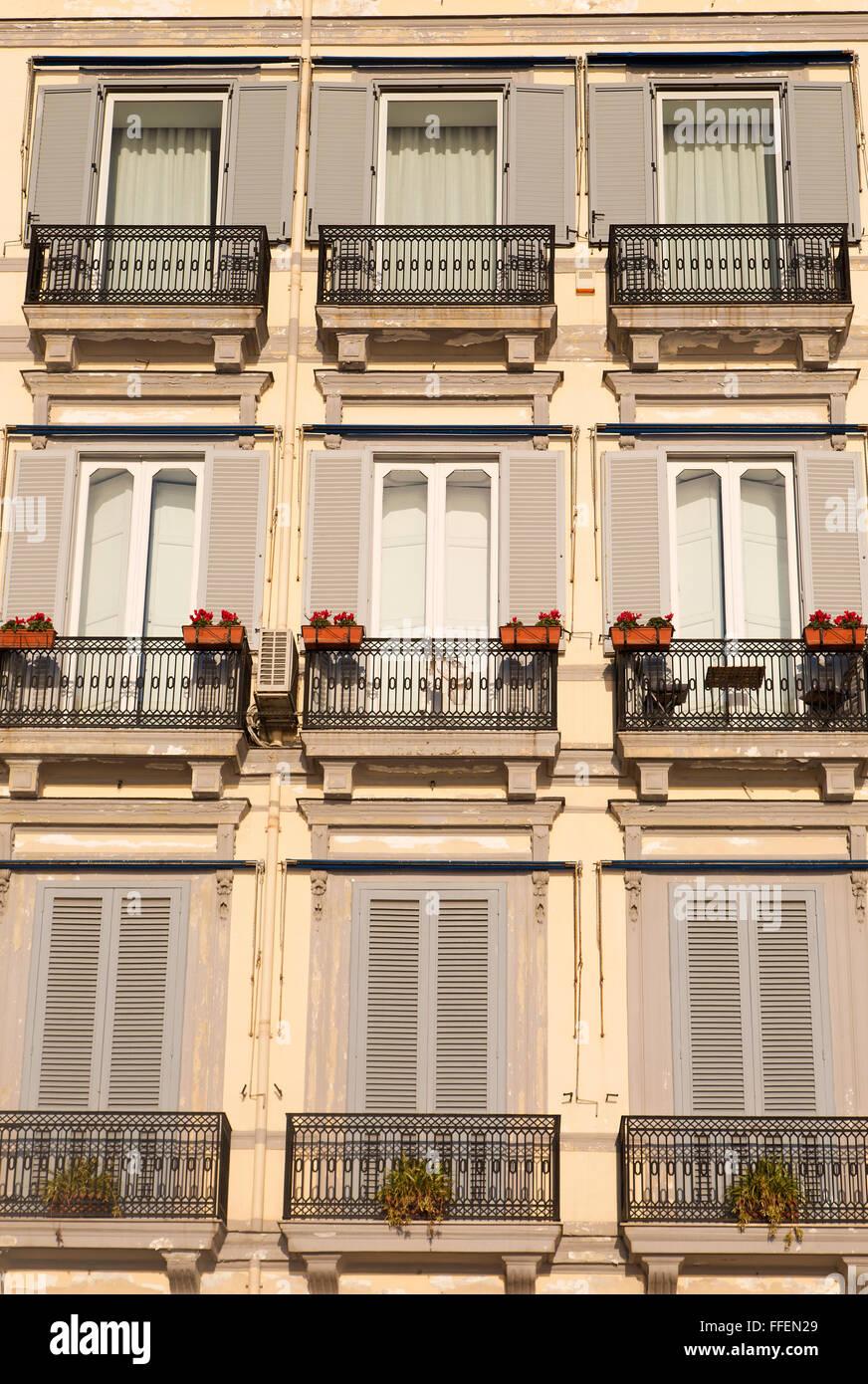 Balconi simmetrica di un Liberty building Immagini Stock