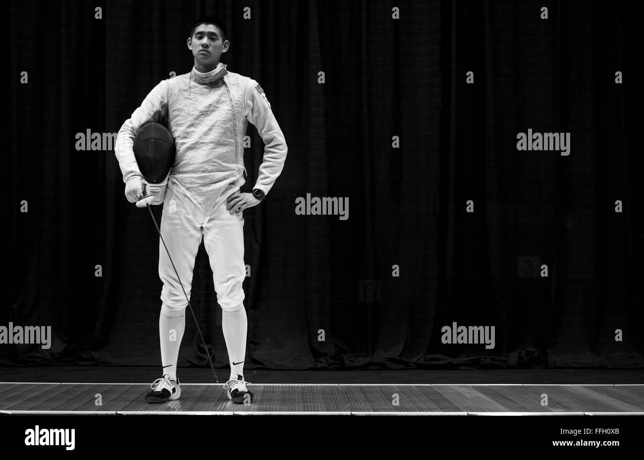 Alexander Chiang finito il 2014 NCAA Campionati di scherma classificato xvii su 24 con otto vittorie. Immagini Stock